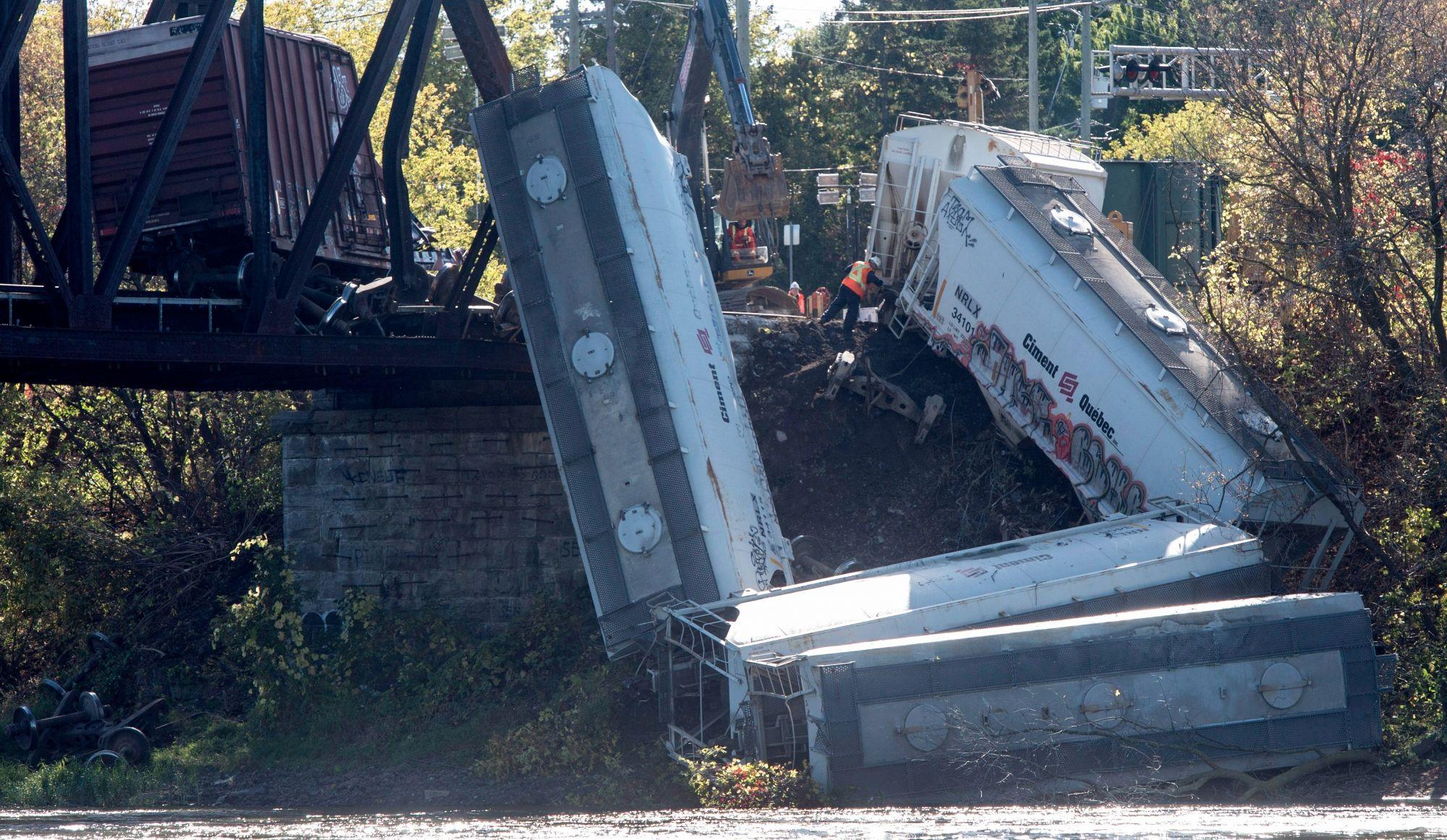 Déraillement de train à Laval: la police conclut à un accident