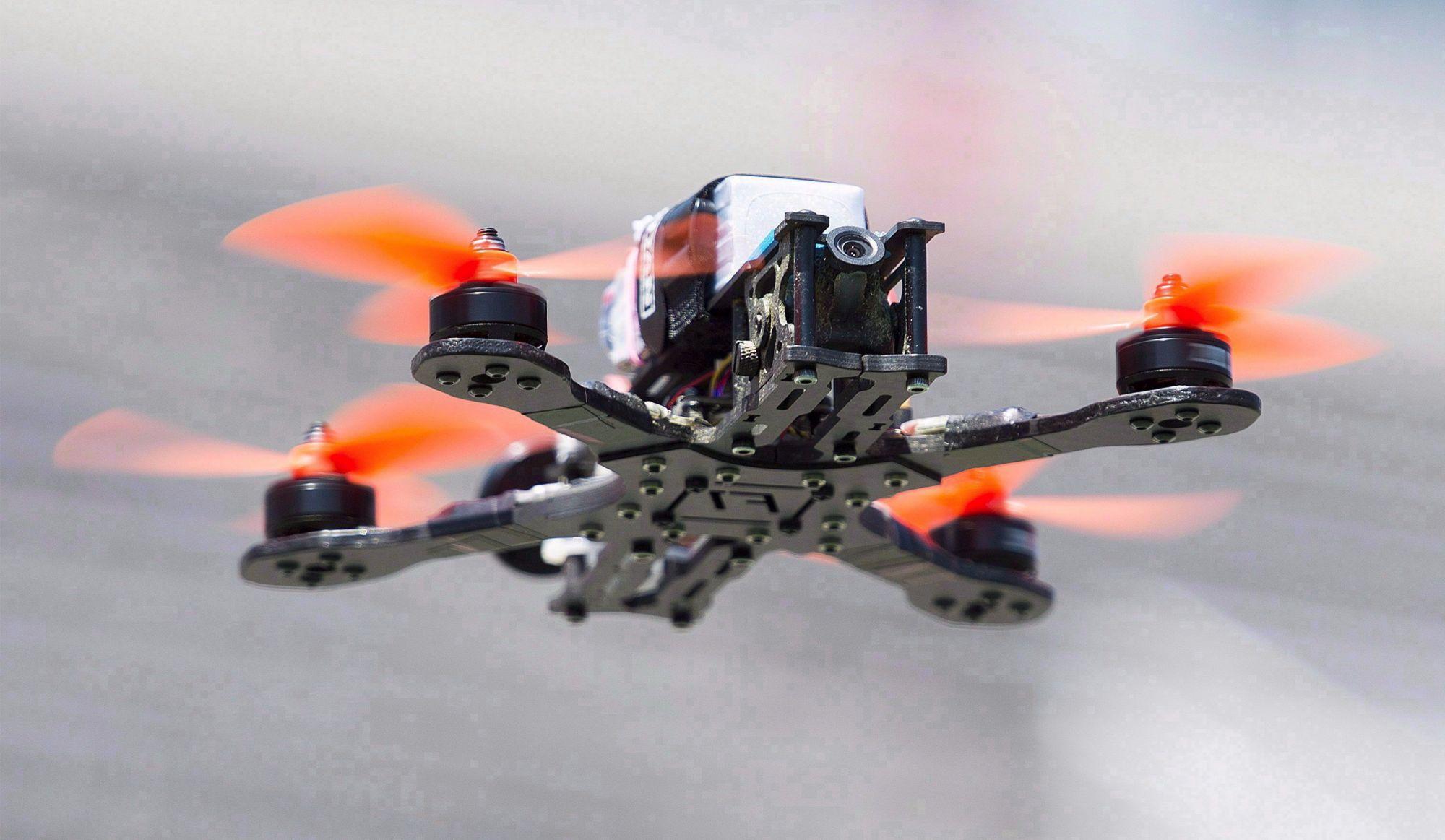 Collision entre drone et avion à Québec