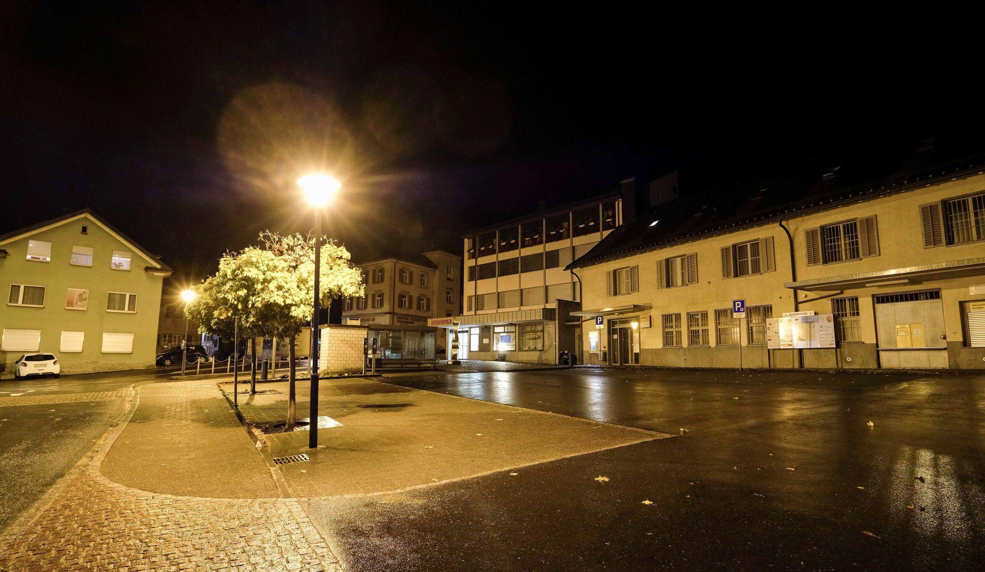 Un adolescent blesse plusieurs personnes avec une hache, piste terroriste écartée — Suisse
