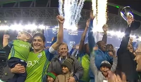 Dempsey et Seattle en finale — MLS