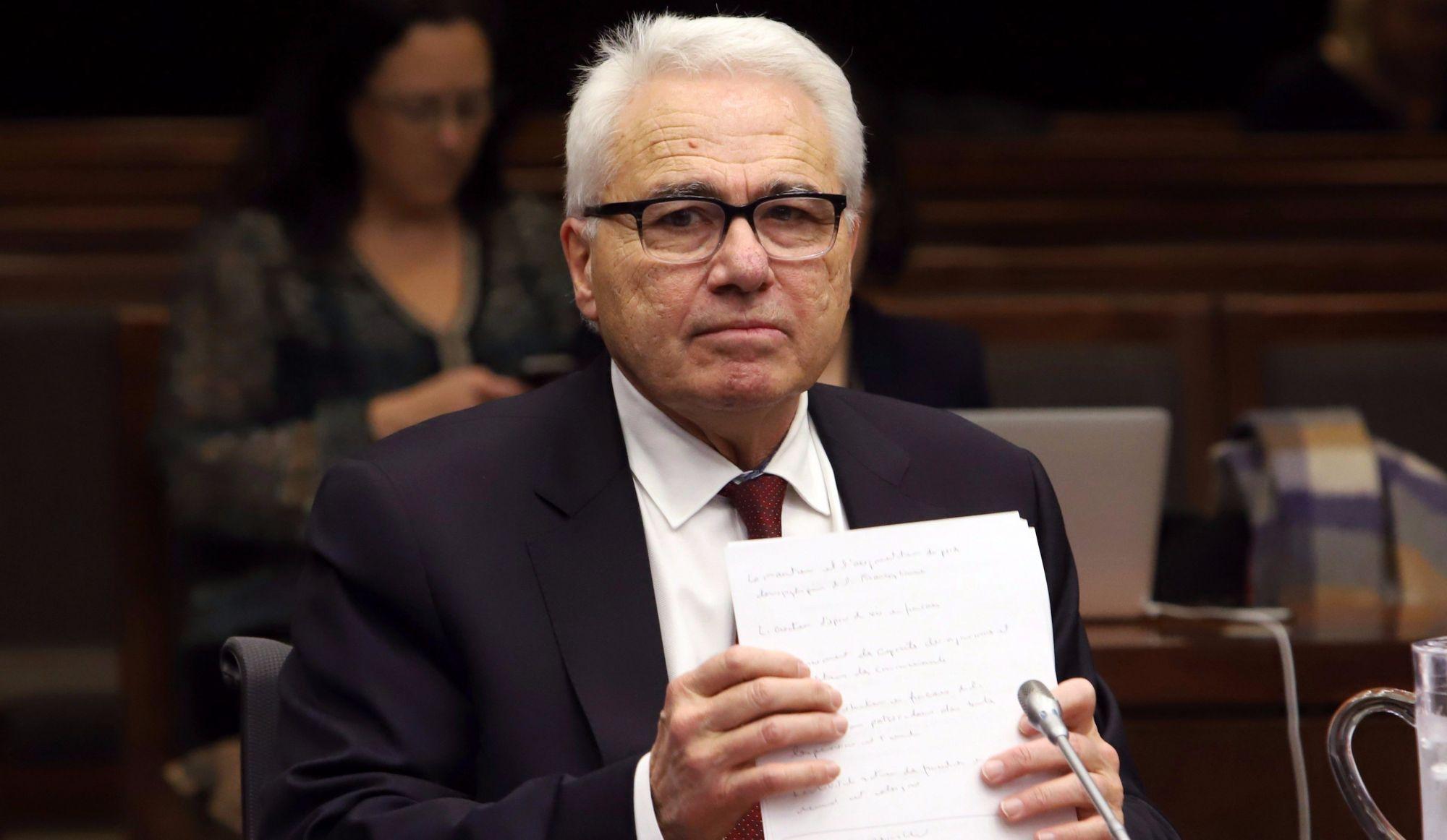 Bilinguisme des juges: Raymond Théberge appelé à clarifier sa position