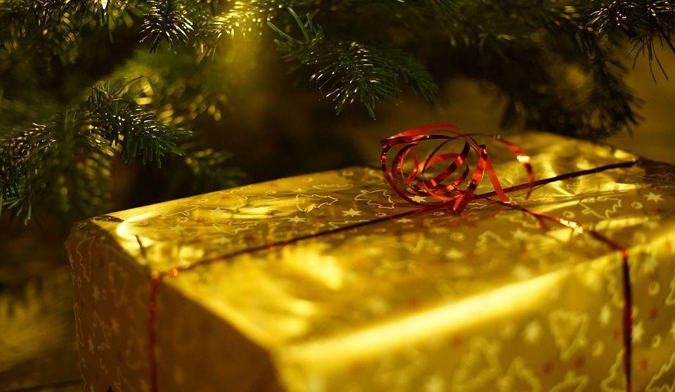 5 idées pour un échange de cadeaux emballant
