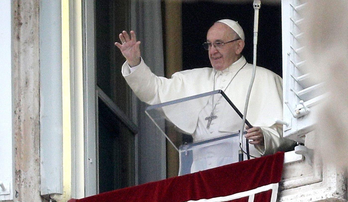 Le pape souhaite un avenir de paix à tous