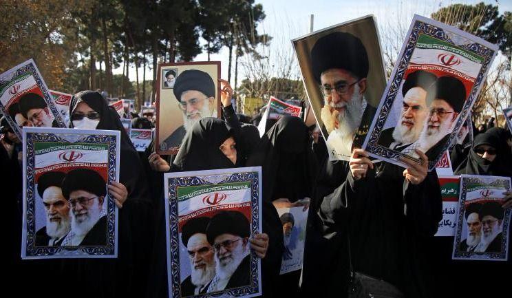 Nombreuses manifestations progouvernementales en Iran