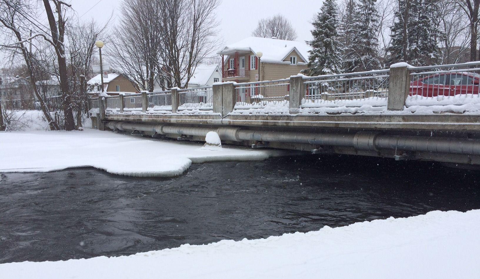 Saint-Jérôme surveille le niveau de l'eau de la rivière du Nord
