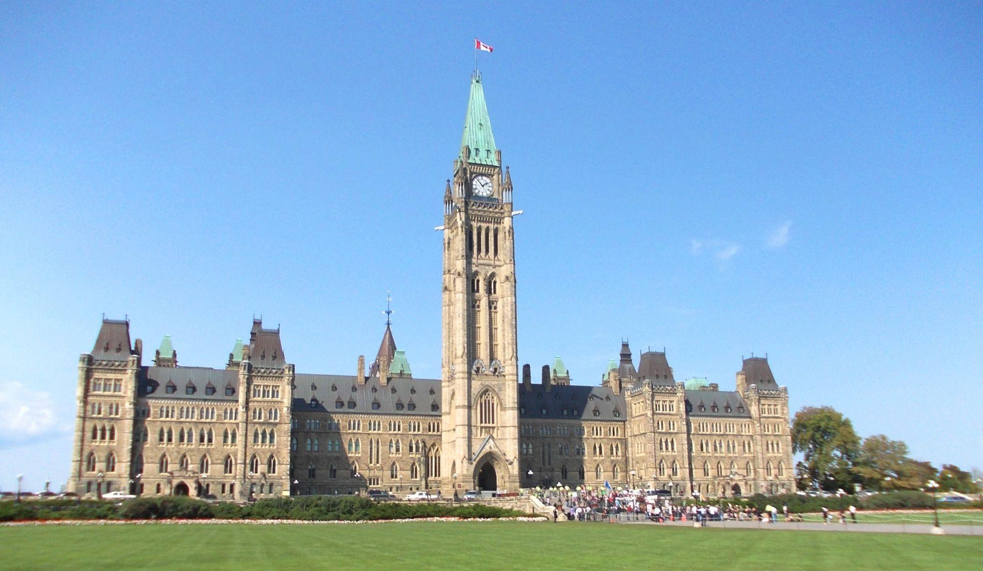 Un colis suspect au bureau de Louis Plamondon à Ottawa