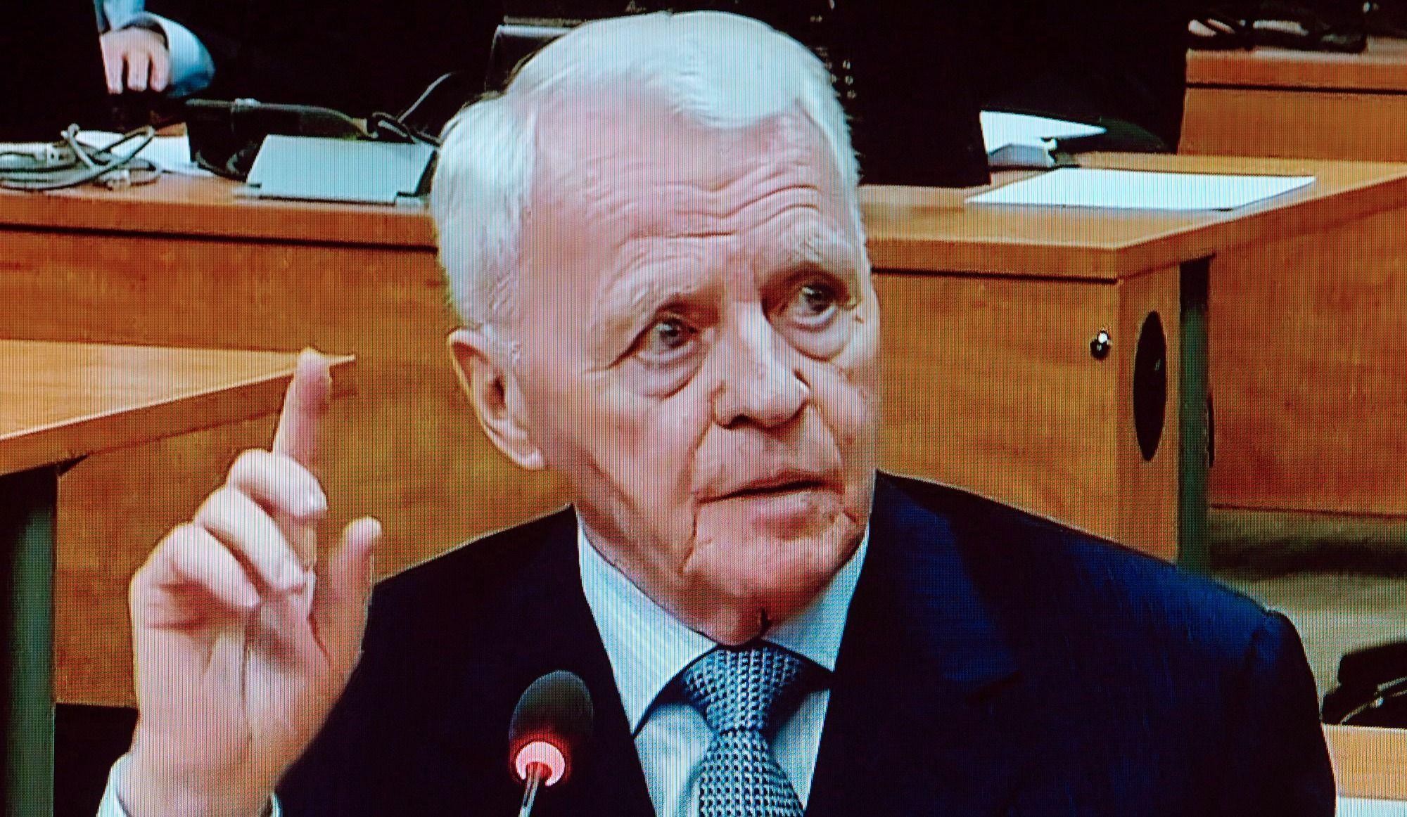 Une «vedette» de la Commission Charbonneau condamnée pour attentat à la pudeur