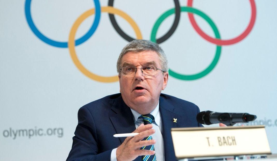 Le président du CIO, Thomas Bach, se dirige vers Pyongyang