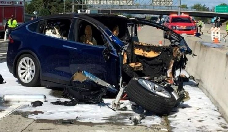 123 000 voitures rappelées à cause d'une pièce défectueuse — Tesla Model S