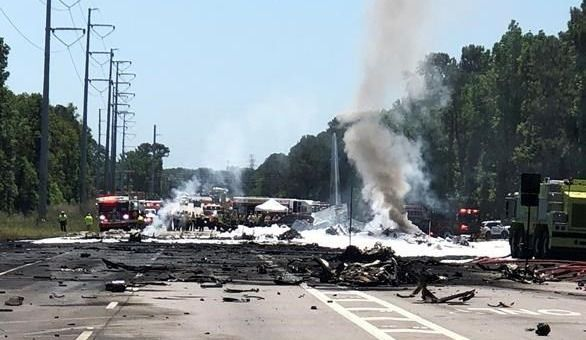 Un avion militaire s'écrase avec neuf personnes à bord — Etats-Unis